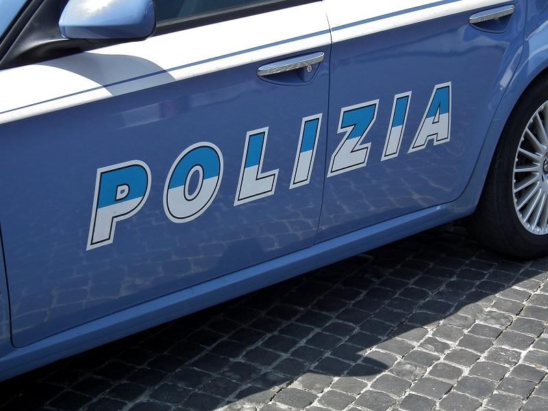 Partivano dalla Sicilia con auto a noleggio per rapinare banche al nord Italia, sei persone in manette