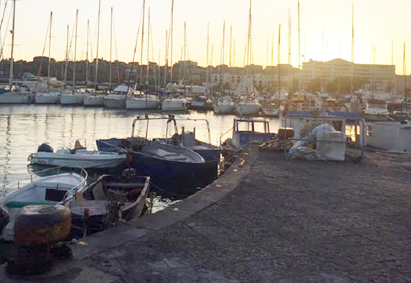 Pregiudicato con ferite alla testa soccorso al Garibaldi: indagini in corso su quanto accaduto al porto di Catania