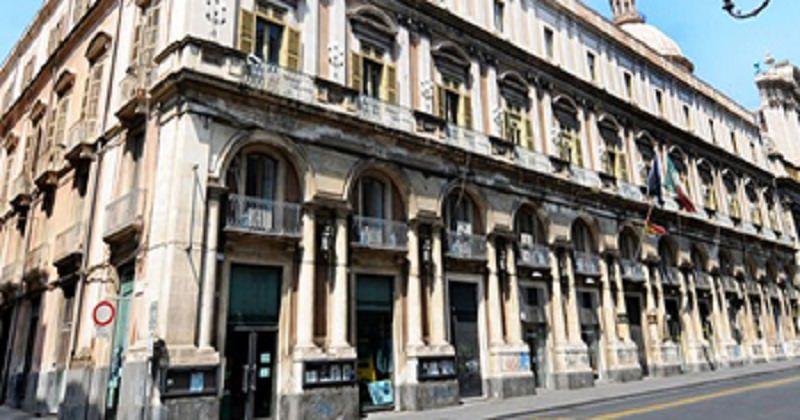 """Nuove restrizioni nazionali, a Catania convocata riunione per pianificare i controlli: nel mirino la """"movida"""""""