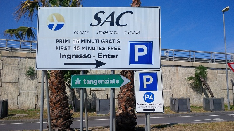 "Fontanarossa, parcheggio gratis a pagamento? Un equivoco, la Sac: ""Rimborseremo"""