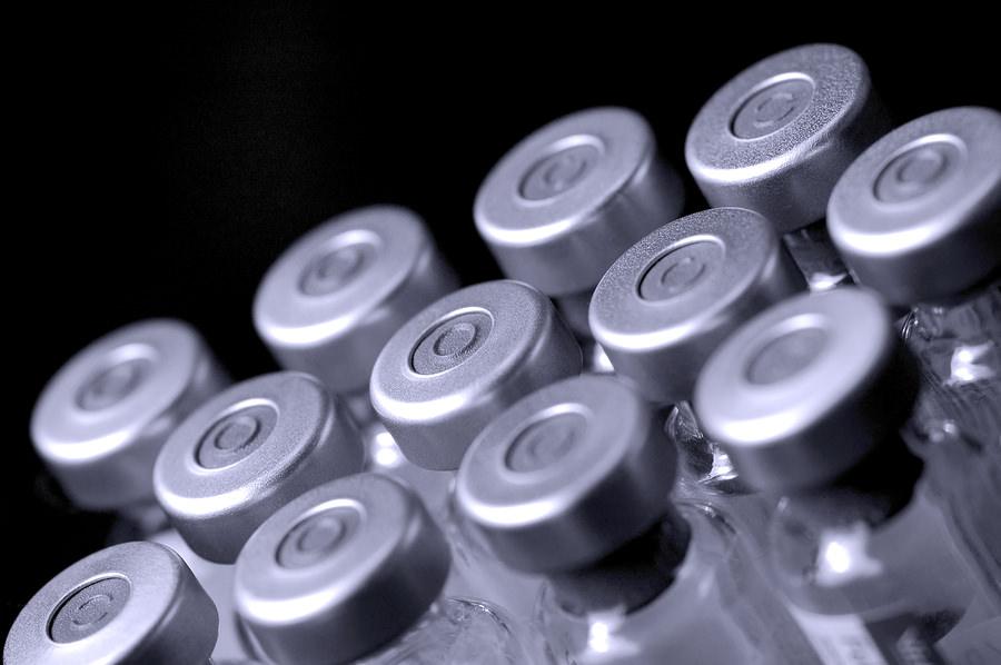 """Covid, Speranza si pronuncia sull'arrivo del vaccino: """"Sarà una campagna senza precedenti"""""""