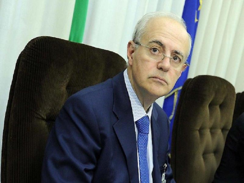 """Catania, decesso agente Davide Villa. Procuratore Zuccaro: """"Doveva essergli inoculato un vaccino diverso da AstraZeneca"""""""