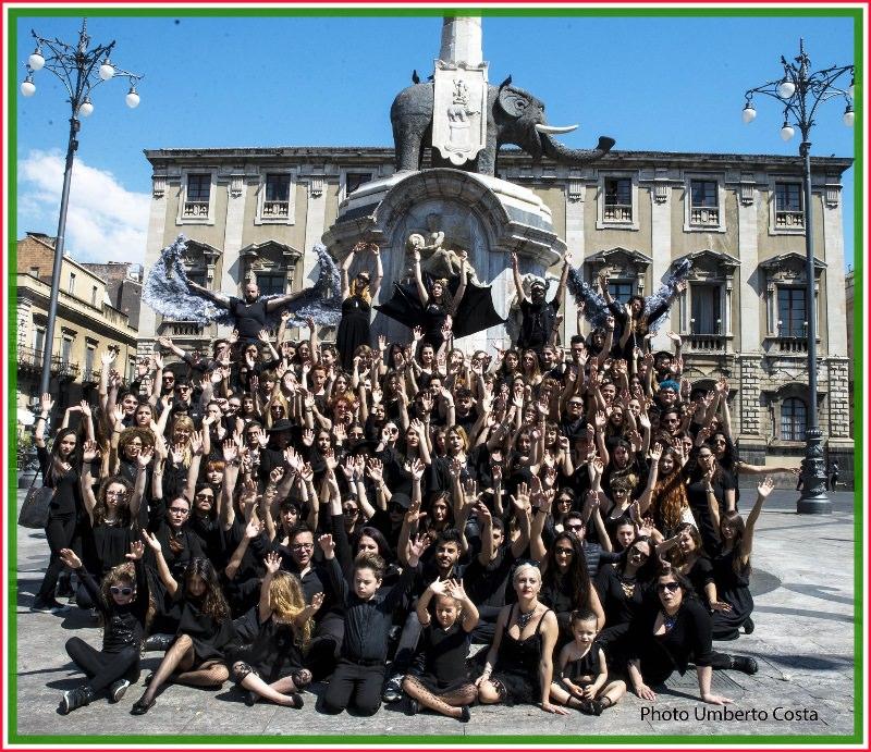 Protesta degli allievi dell'Accademia di Belle Arti di Catania contro la morte della cultura