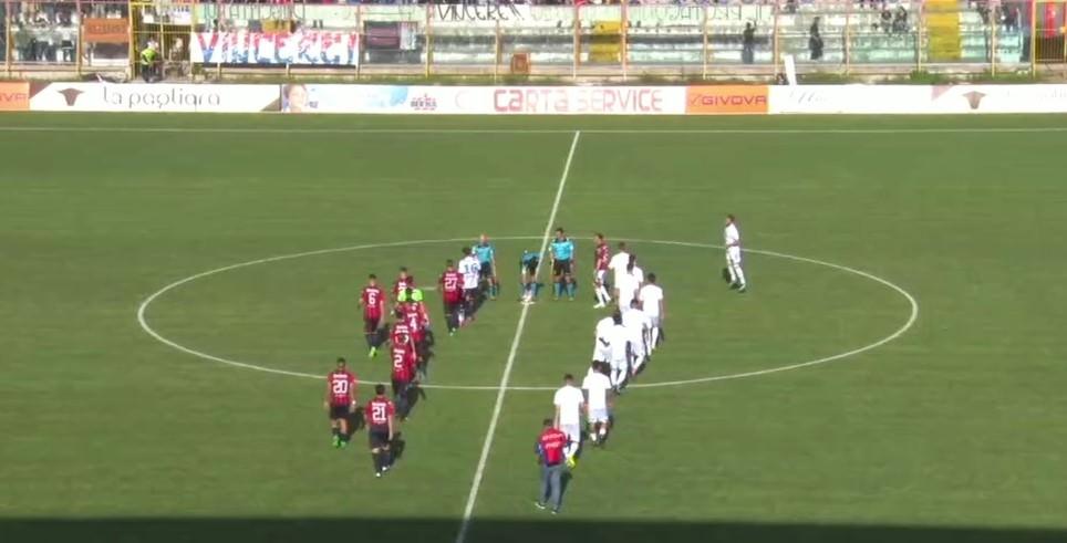 Pareggio tra gli sbadigli, il Catania strappa il pass per i Play Off