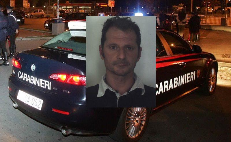 Floridia: calci e pugni alla moglie davanti ai figli, aggredisce anche i carabinieri