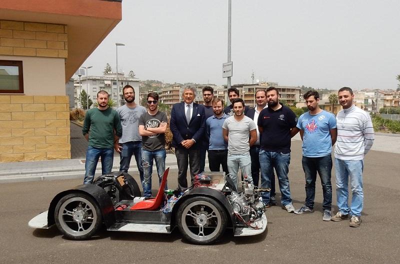 """""""Shell Eco-Marathon Europe 2017"""", team dell'Università di Catania alla competizione di Londra"""