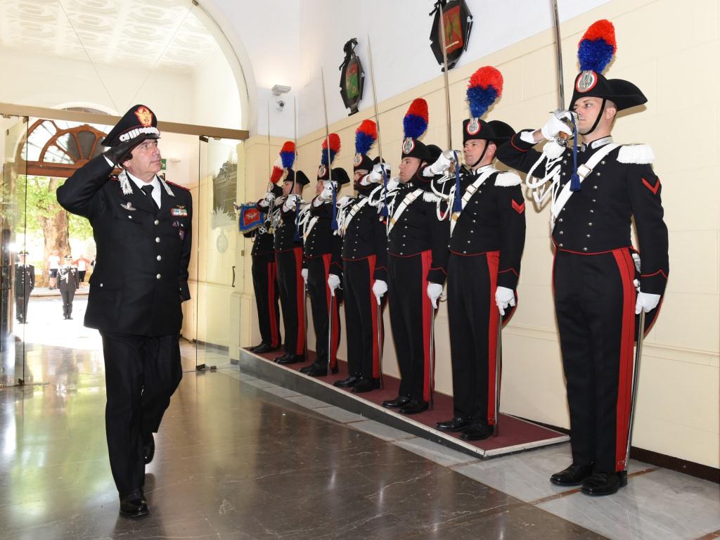 Nuovo comandante interregionale dei carabinieri incontra reparti e autorità