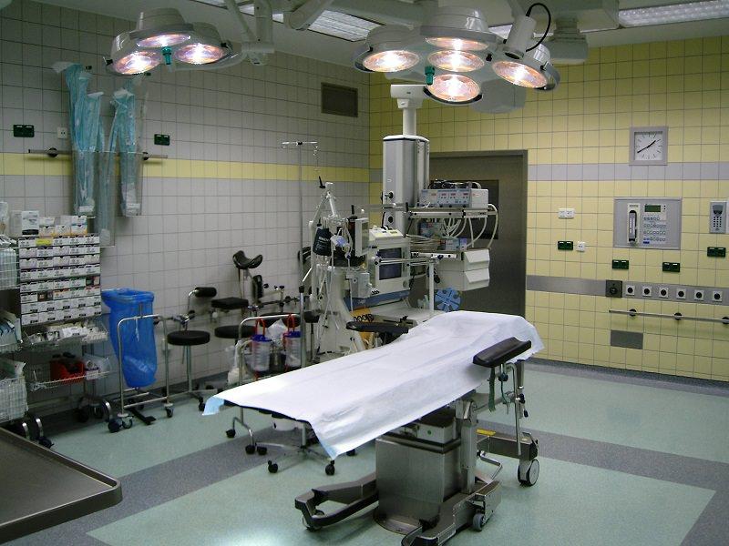 Anziana muore per emorragia cerebrale, parenti autorizzano espianto organi: donati fegato e reni