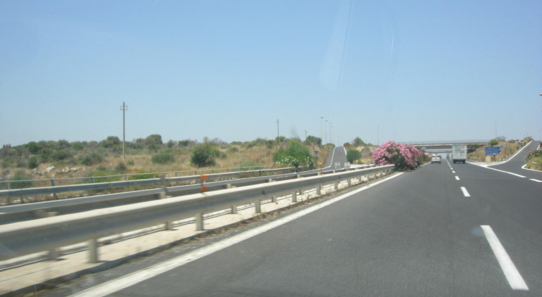 Catania-Siracusa, lavori di pavimentazione sull'autostrada fino al 6 ottobre: ecco i tratti interessati