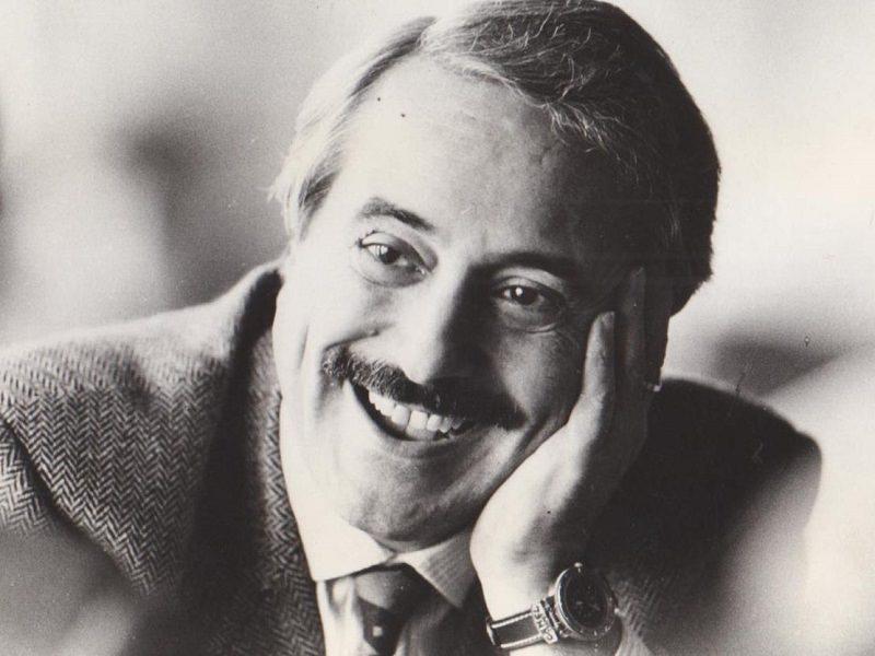 Sembra ancora ieri, 25 anni fa la strage di Capaci: il ricordo di Giovanni Falcone