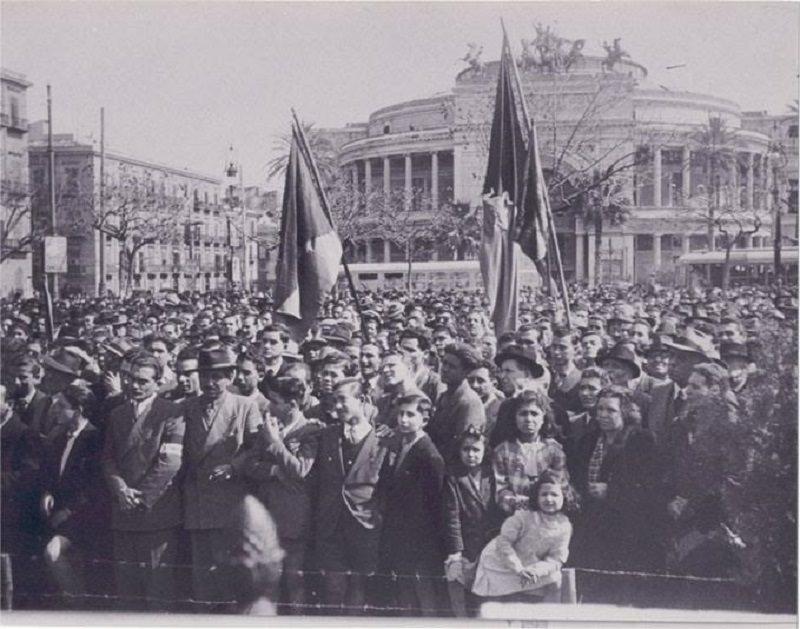 """Festa dello Statuto Siciliano. E i nostri """"grandi"""" del passato si rivoltano nella tomba…"""