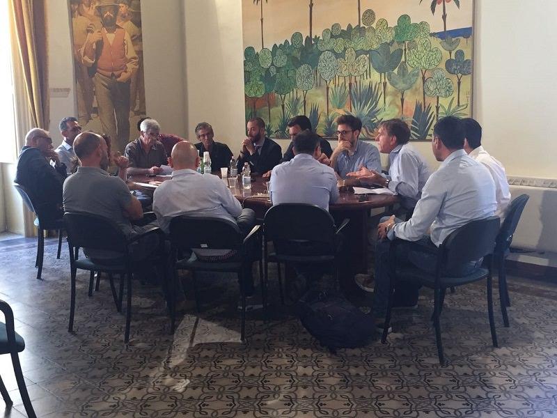 Tavolo tecnico a Vittoria sull'agricoltura con la deputazione iblea