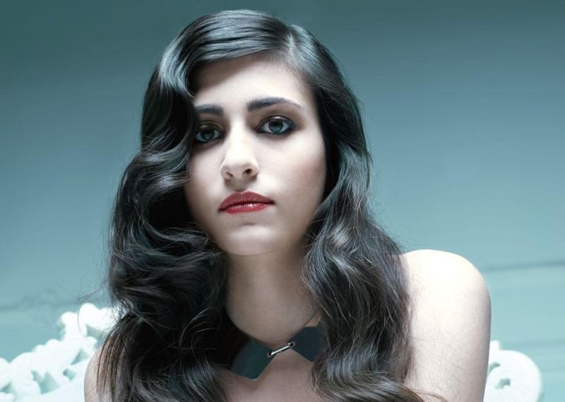 "Mix di generi, emozioni e musica: debutta ""+18"" di Celeste"