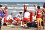 Disgrazia in mare, uomo colto da malore durante battuta di pesca: inutili i soccorsi