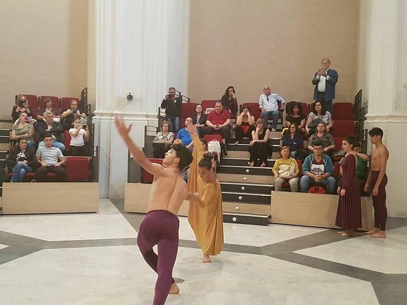 Far nascere la prima Università della Danza interculturale a Palermo: la richiesta di Aluzzo