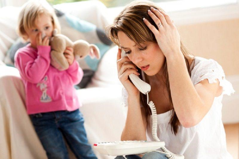 """Bimbi dimenticati. Le donne e lo stress, quando bisognerebbe chiedere """"aiuto"""""""