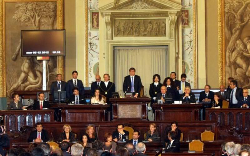Corte dei Conti richiama la Regione per rettifica del Bilancio. Cavoli amari per Crocetta e i 90