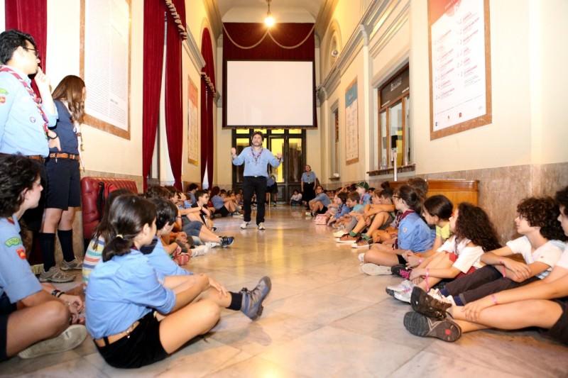 """""""Una notte a teatro"""": bambini italiani e non uniti dalla cultura"""