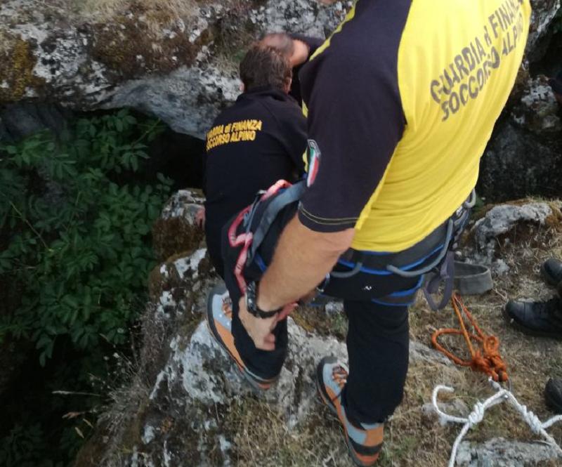 Sparisce per 36 ore nelle montagne del Messinese, salvato dal Soccorso Alpino