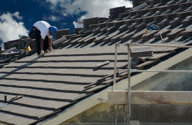 Manutenzione del tetto condominiale: criteri per la ripartizione delle spese