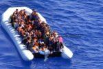 Naufraga gommone nel Canale di Sicilia: migrante muore nel tentativo di mettersi in salvo