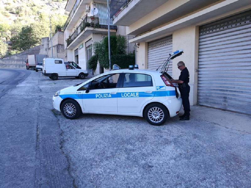 Controlli a Modica: sanzionato venditore ambulante con patente scaduta da 7 anni