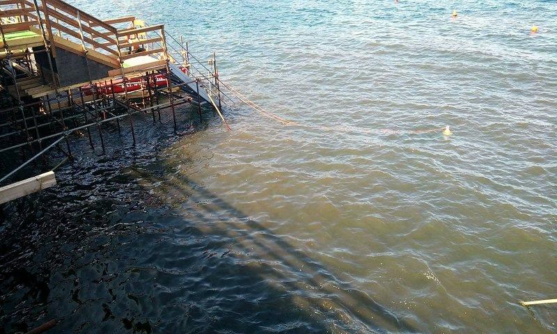 Sversamento fognario in mare: chiuso il solarium di piazza Europa