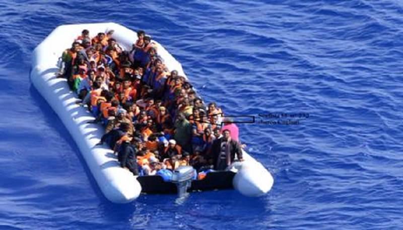 Taormina, scoperto motoveliero con a bordo immigrati: fermati due presunti scafisti russi
