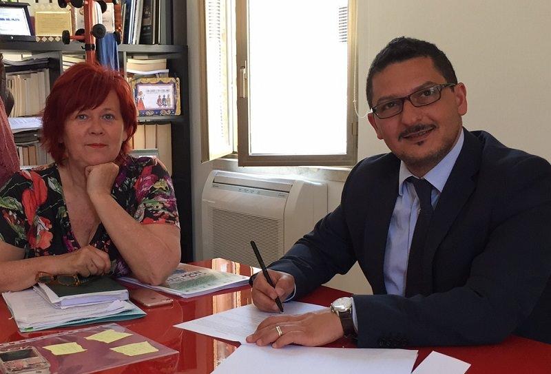 Pachino: si è dimessa assessore al Welfare Mariella Costa