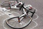 Incidente mortale nel Palermitano, 19enne in bici si schianta contro un palo: inutile il trasporto in ospedale