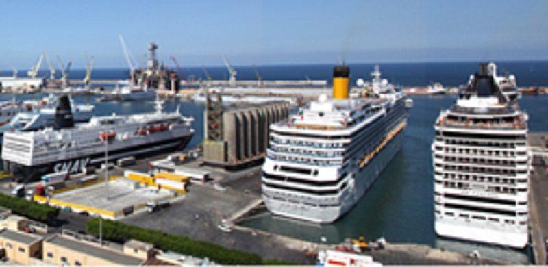 """Caos navi da crociera nel porto di Palermo, Orlando: """"Urge dichiarazione stato di calamità"""""""