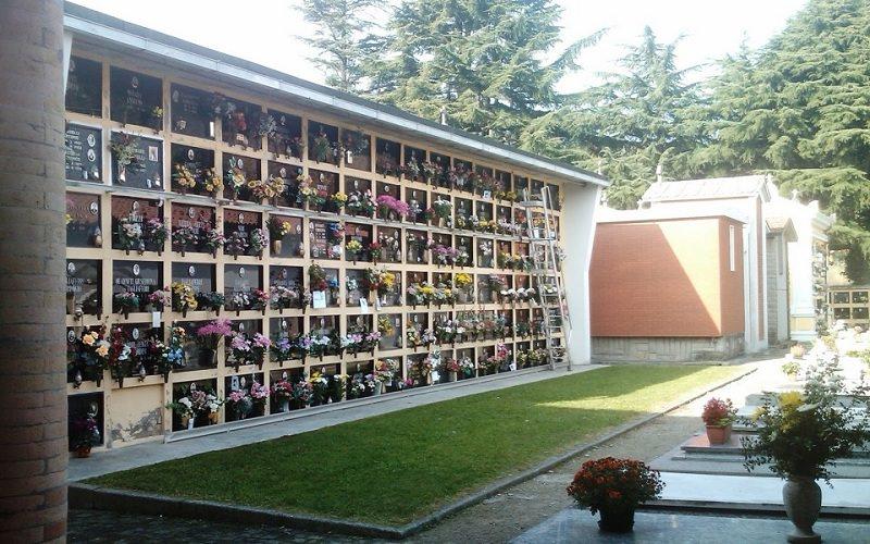 """Rischio assembramenti, prima e dopo Pasqua chiusi i cimiteri comunali: """"Provvedimento necessario"""""""