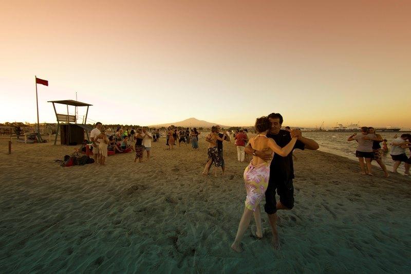 Catania, Ferragosto all'insegna del tango