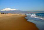 """Playa di Catania, ordinanza del giudice chiarisce le competenze: """"Spetta alla Sidra sbarrare le acque del canale Arci"""""""