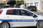 Investe comandante della polizia municipale dopo l'Alt: convalidato l'arresto per il 41enne