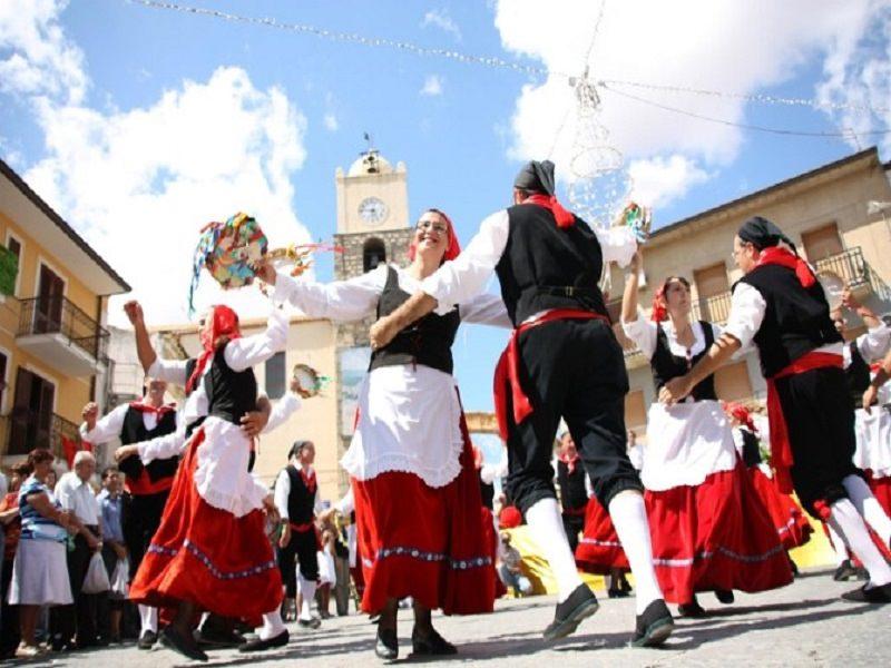 Festa del grano: a Raddusa tornano miti e tradizioni