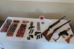 Due fucili, due pistole e una mitraglietta: ecco l'arsenale trovato a casa di un 80enne nell'agrigentino