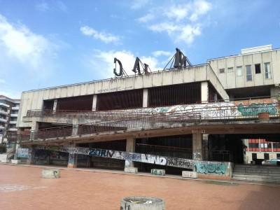 Ex centro commerciale di Vulcania: tra il degrado e l'immobilismo delle istituzioni