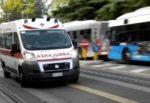 Incidente alla circonvallazione di Catania, tamponamento alla fermata FCE Nesima: un ferito, traffico in tilt