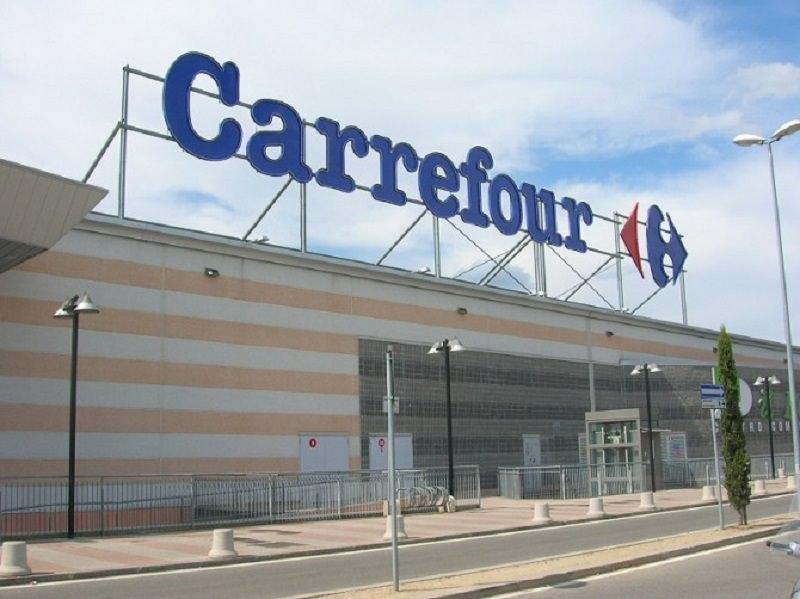 Dopo il limbo la salvezza: 400 dipendenti supermercati Carrefour hanno ancora un lavoro