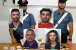 """Giorno e notte a vendere la droga: sequestrati 55mila euro a """"banda"""" di Palagonia"""