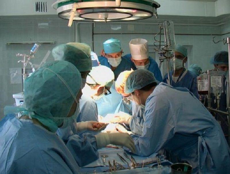 Medicina, nuovi risvolti: in Sicilia il primo intervento ortopedico con innesto di cellule staminali mesenchimali