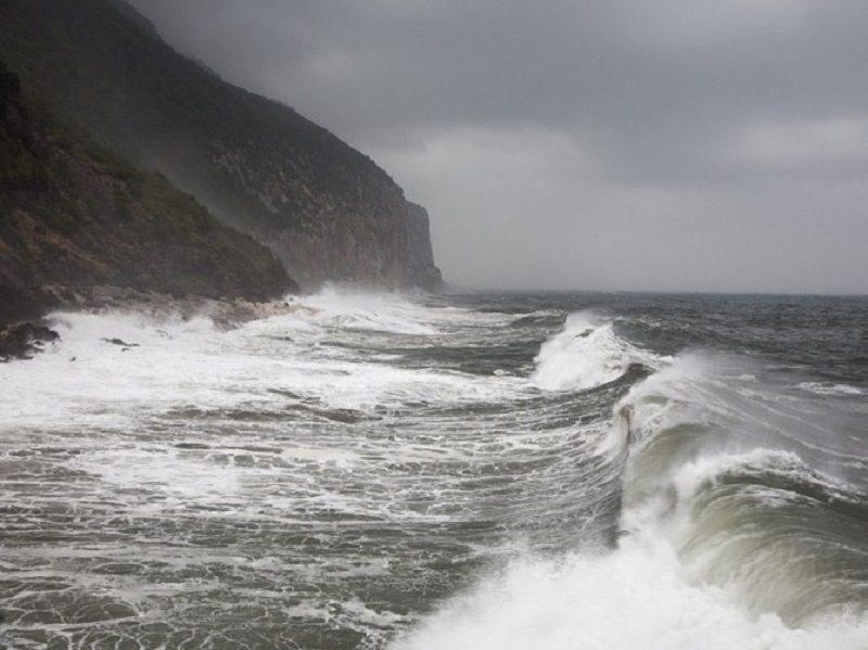 Giallo nel Siracusano, donna trovata morta alla Tonnara: il suo corpo galleggiava vicino la scogliera