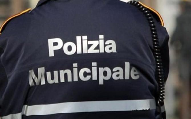 Svincolo dell'autostrada Palermo-Catania trasformato in discarica abusiva: area sequestrata