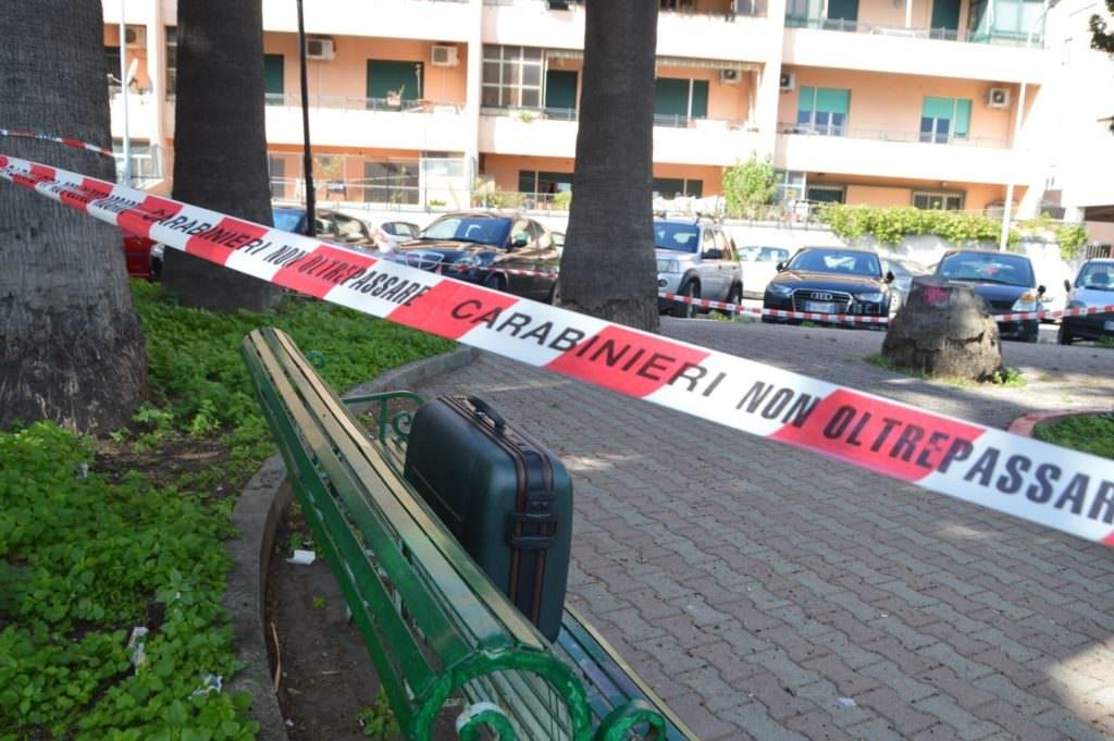 Messina, allarme bomba in piazza: valigia sospetta – FOTO
