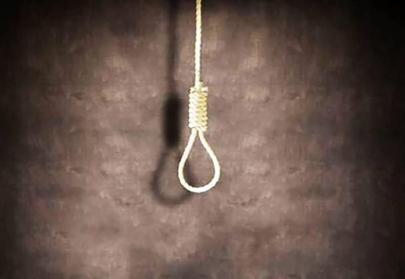 Tragedia nel Catanese: uomo trovato impiccato, ipotesi suicidio