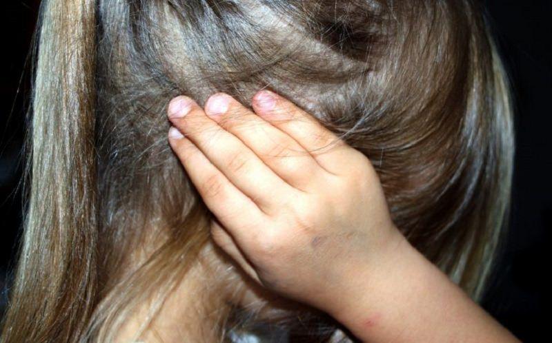 Molesta nipotine durante il Natale a casa della nonna: condannato ex finanziere