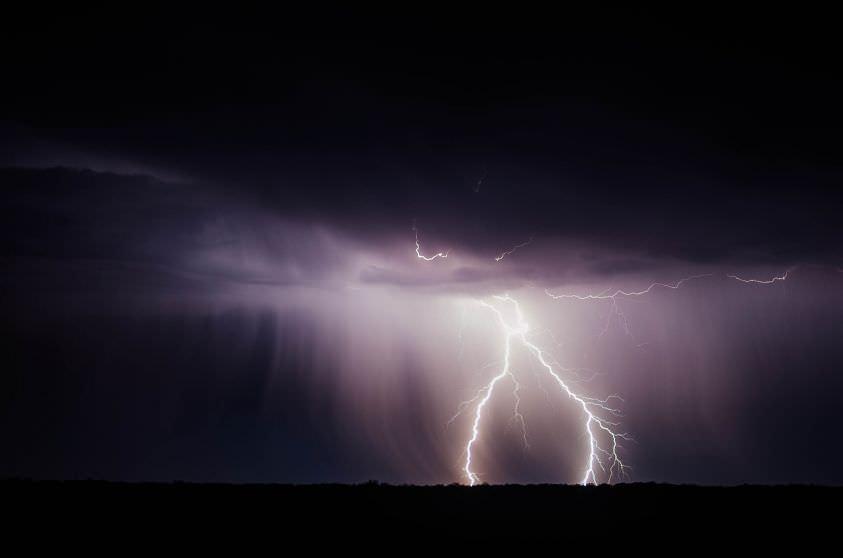 Piogge torrenziali e forti temporali in Sicilia: anche domani allerta meteo in tutta l'isola