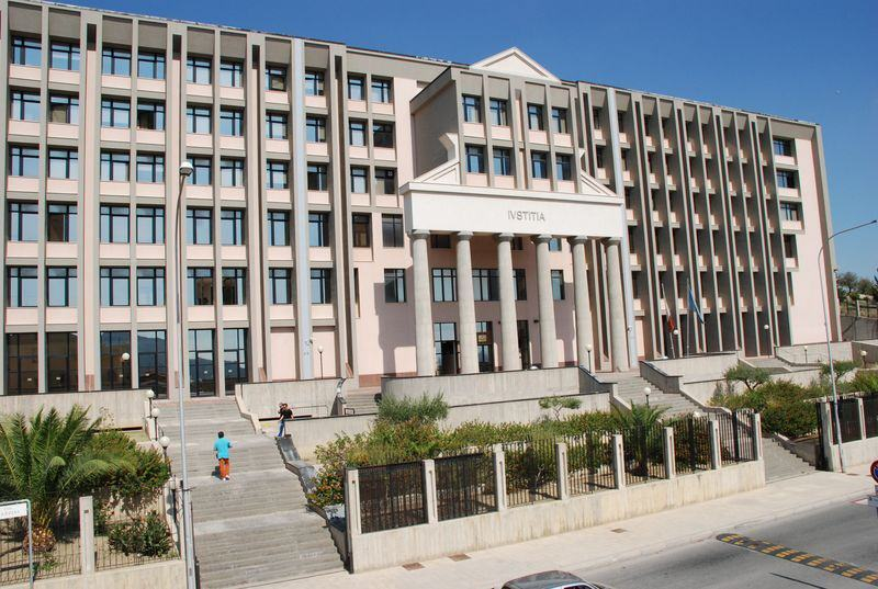 Intimidazioni contro il Procuratore Patronaggio e il gip Vella: polvere da sparo in buste anonime