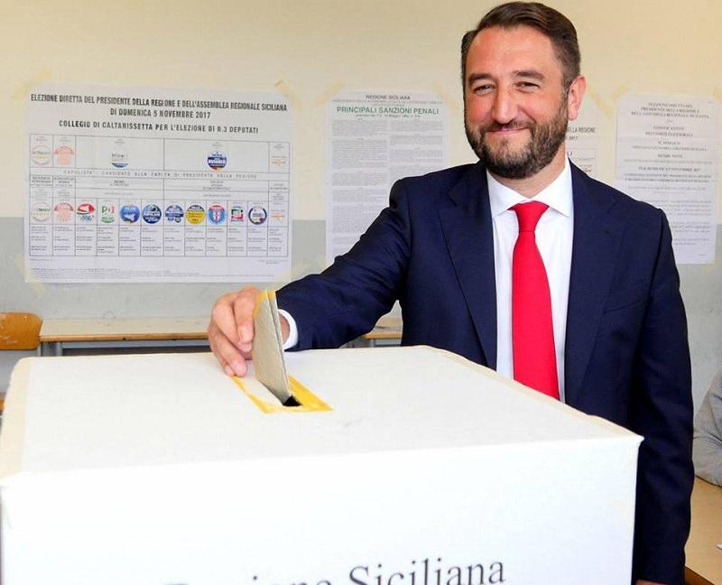 """Preferenze liste, il Movimento 5 Stelle """"doppia"""" Forza Italia: 31% di consensi. Inseguono Pd e Fava"""
